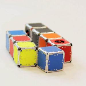 self_assembling_cubes_02