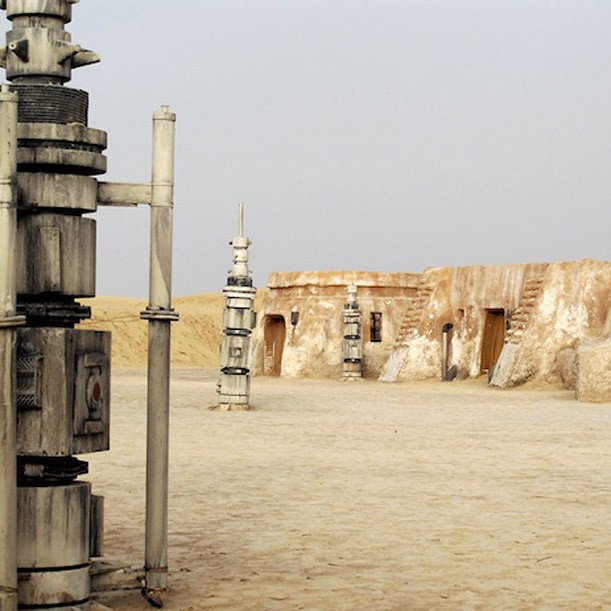 abandoned_starwars_sets_designboom02