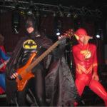 Batman ve Flash Sahnede Yardırırken
