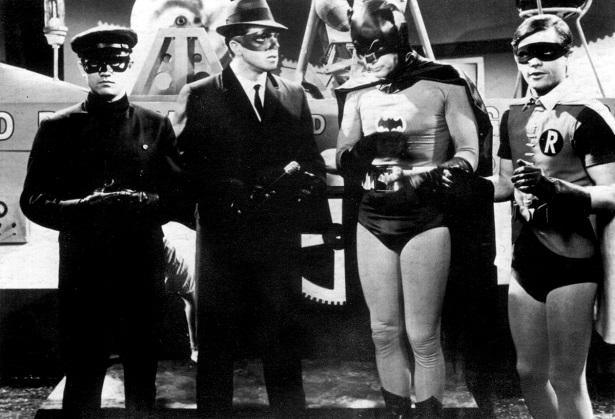 Çok bilen yoktur ama 1960'larda iki suç savaşçısı ekip aslında bir araya gelmişlerdi. Batman'66 Meets Green Hornet bu hikayenin kaldığı yerden devam edecek.