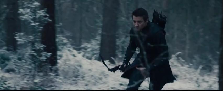 18 Avengers 2 Fragman Hawkeye