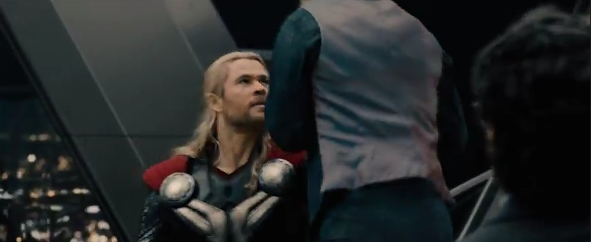 19 Avengers 2 Fragmanı Thor vs Iron Man