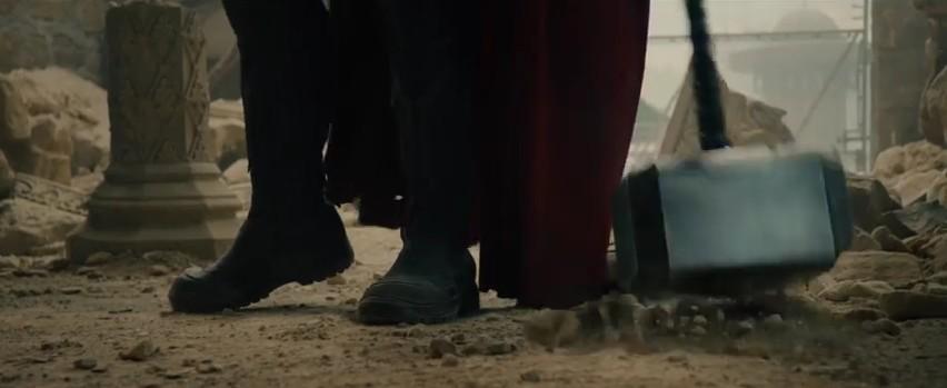 8 Avengers 2 Fragman Mjolnir