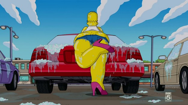 Family Guy S13E01 Homer Car Wash