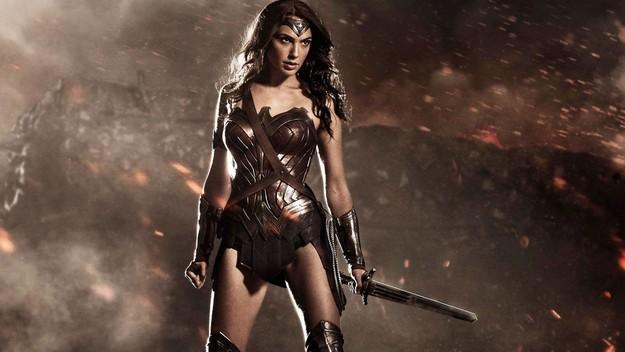 2 Wonder Woman