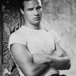 Marlon-Brando-classic-movies-6688391-1500-2106