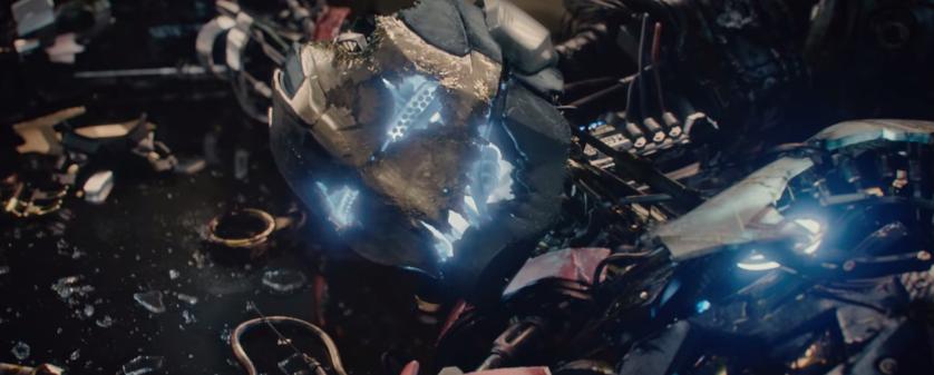 4 Ultron Cap Robot