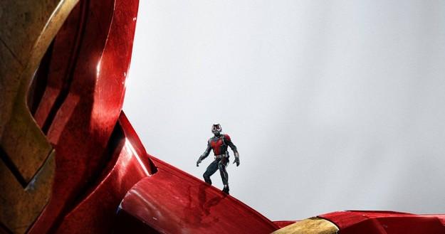 Ant-Man-Poster-Iron-Man (1)