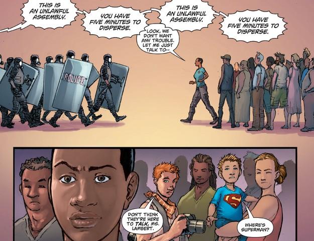02 Action Comics 42 Cops