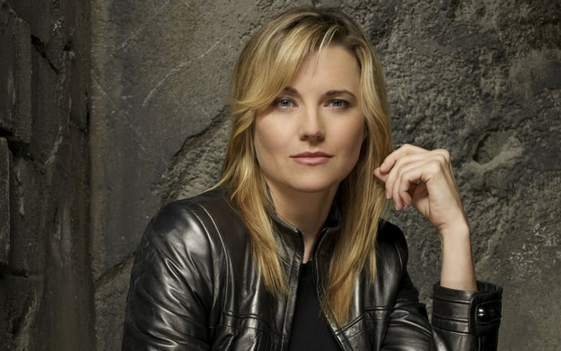 lucy-lawless-241