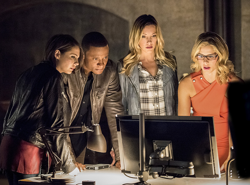 Arrow-season-4-episode-1-Thea-Diggle-Laurel-Felicity