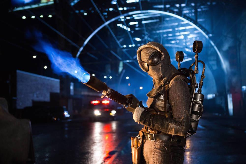 Gotham-2x07-By-Fire-8