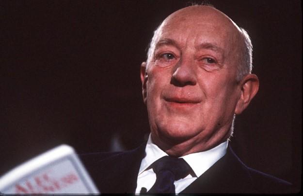 11 Alec Guinness