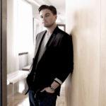 Sexy-Leonardo-DiCaprio-Hot-HD-Wallpaper