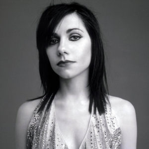 X 133429-03  PJ Harvey.  Obligatory Credit - CAMERA PRESS/Phil Poynter.  SPECIAL PRICE APPLIES - CONSULT CAMERA PRESS OR ITS LOCAL AGENT.  British singer and songwriter PJ (Polly Jane) Harvey, became a favourite of the UK's indie rock scene in the 1990's after her debut album 'Dry'. Bassist Steve Vaughn and drummer Robert Ellis formed the band that goes under her name, PJ Harvey, in 1991. They released the follow-up to their 1998 album 'Is This Desire?', with 'Stories from the City, Stories from the Sea' , their fifth, in 2000.   02/2001