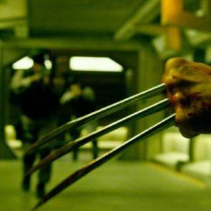 xmen-apocalypse-wolverine-claws