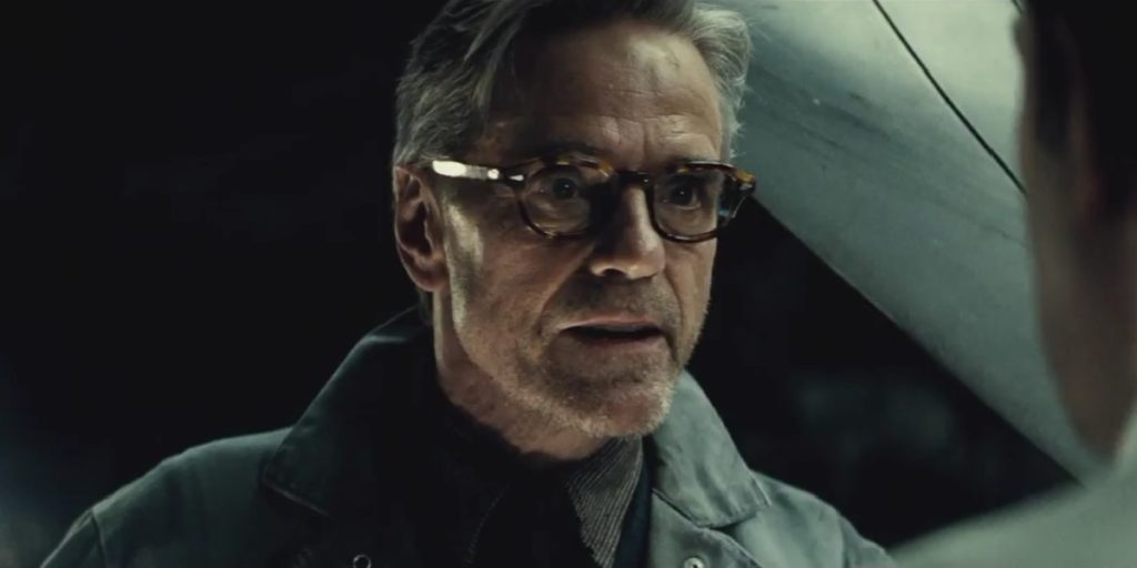 Jeremy-Irons-Alfred-Batman-Superman