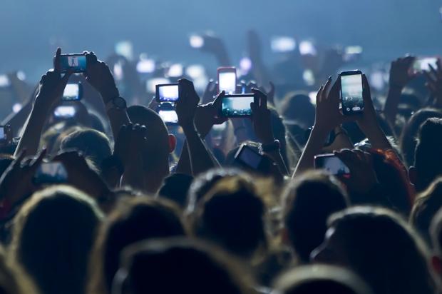 concert_phones