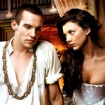 Jonathan Rhys Meyers as Henry VIII and Natalie Dormer as Anne Boleyn - Photo: Francois Rousseau/Showtime - Photo ID: FlamesOfDesire1