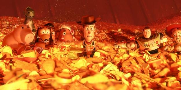 Toy-Story-3-Incinerator-Scene