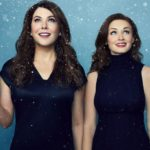 gallery-1476795697-gilmoregirls-1sht-winter-uk