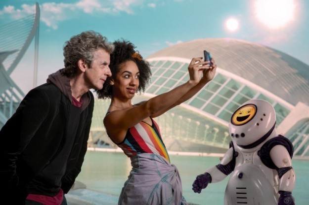 doctor-who-smile-photo001-1492796340125