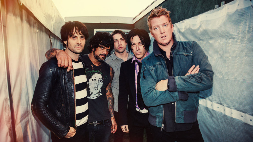 04 Queens of the Stone Age