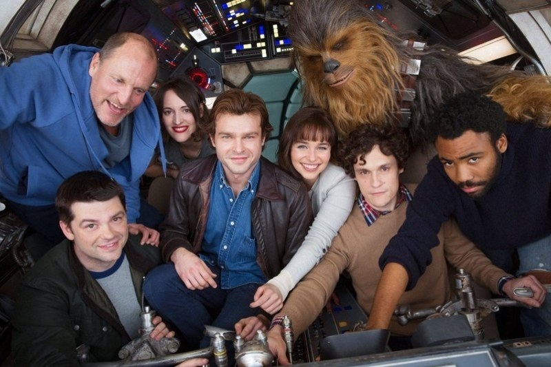 Solo Stupid Cast Image