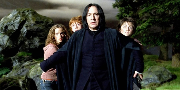 landscape-1452788965-movies-harry-potter-snape-and-harry