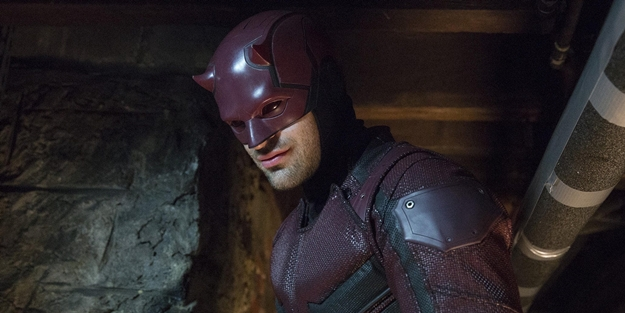 Daredevil-red-suit-season-3