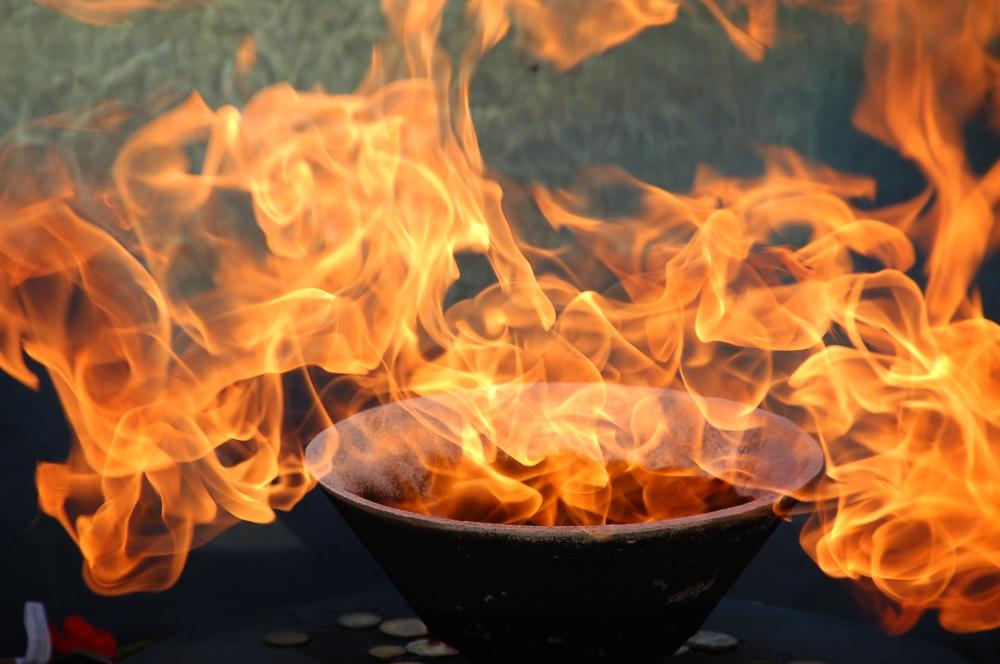 large-eternal-flame-at-the-shrine-of-remembrance-fdb820f0309926dbd1b4b73e01156f62