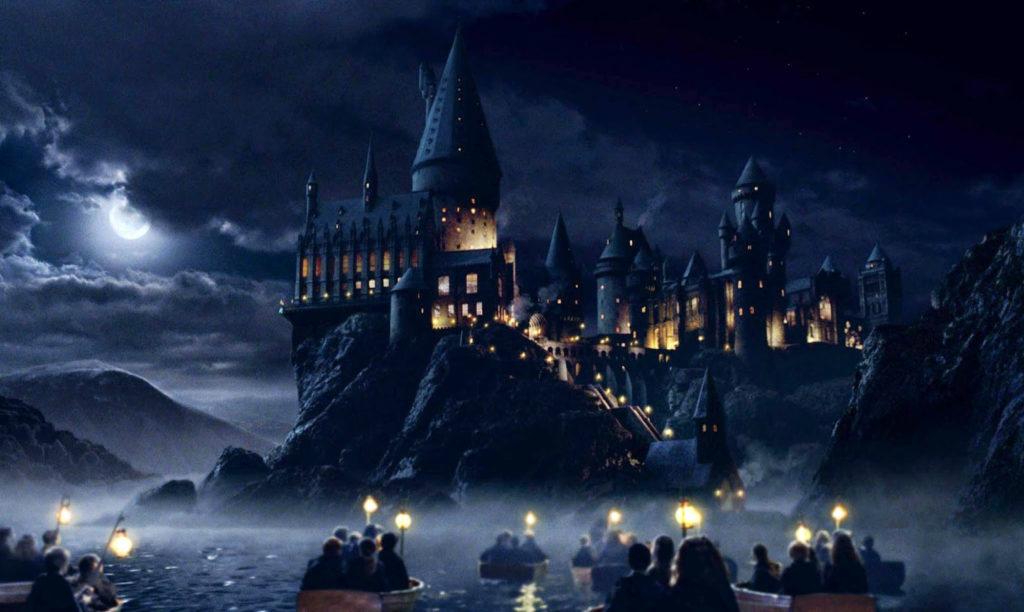 hogwarts- castle- night